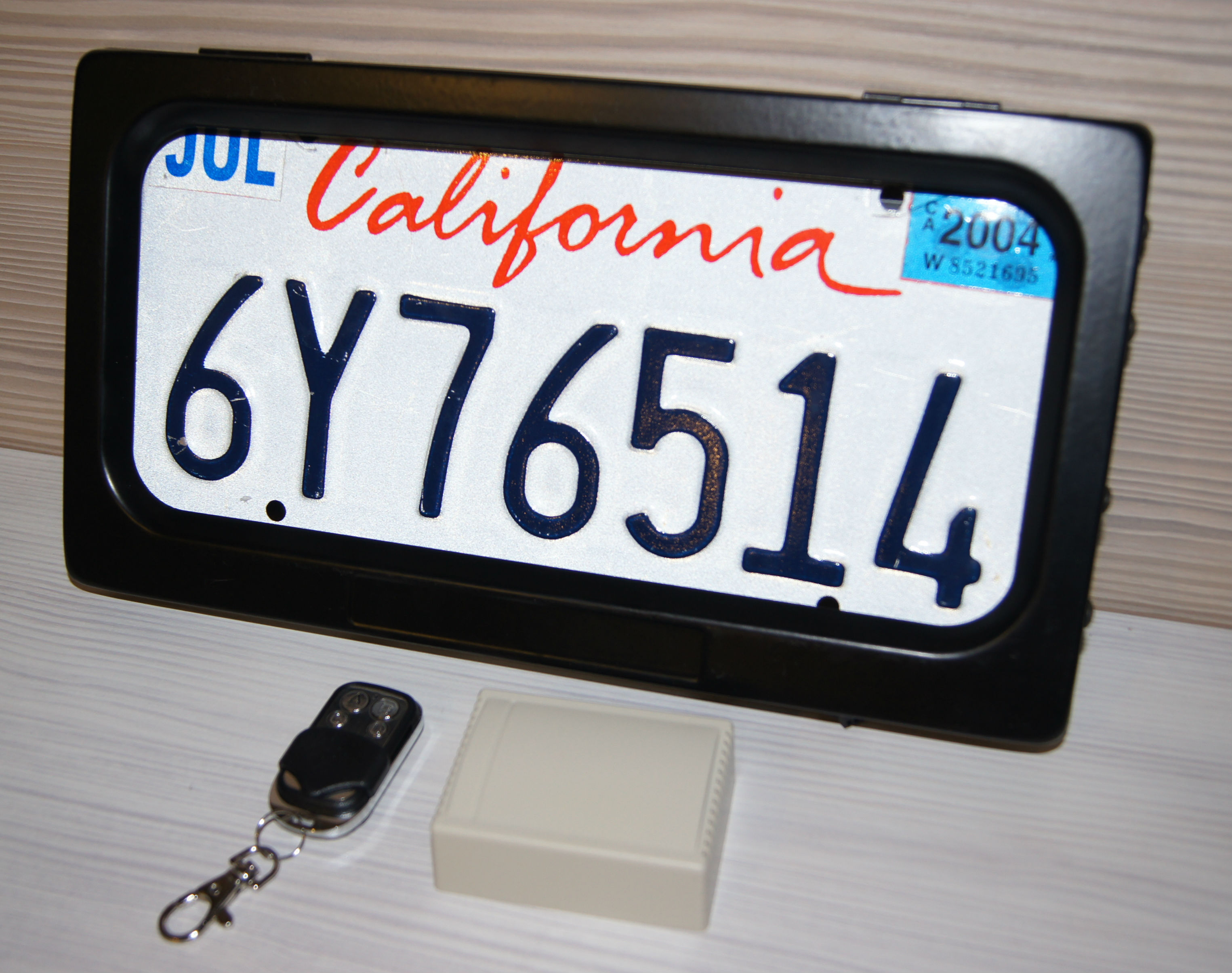 AvaParts Electric License plate frame shutter curtain American USA type 1PC in Set